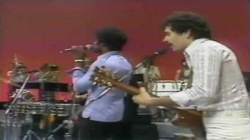 Santana – Give Me Love