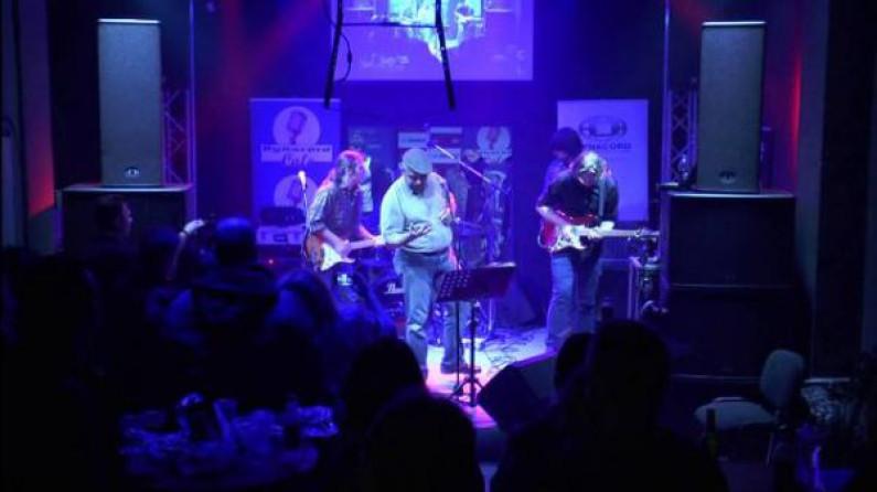 Kenny Neal – Blues Falling Down Like Rain