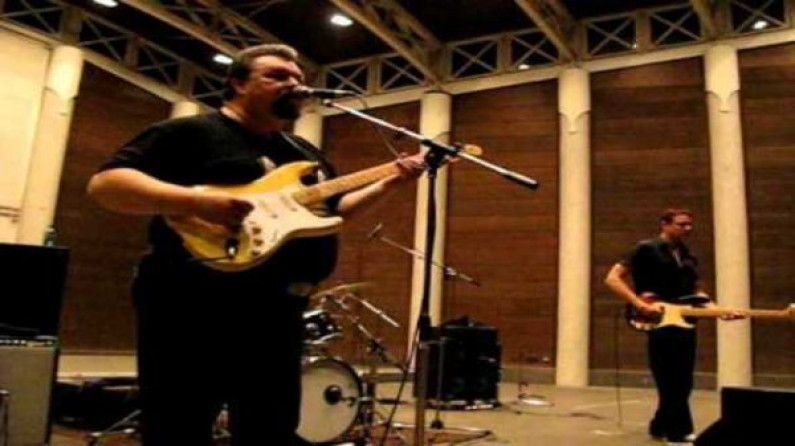 Omar – The Howlers – Steady Rock