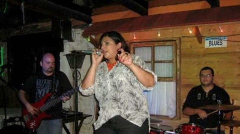 Isabel Tavares & Black Coffee Band – Proud Mary