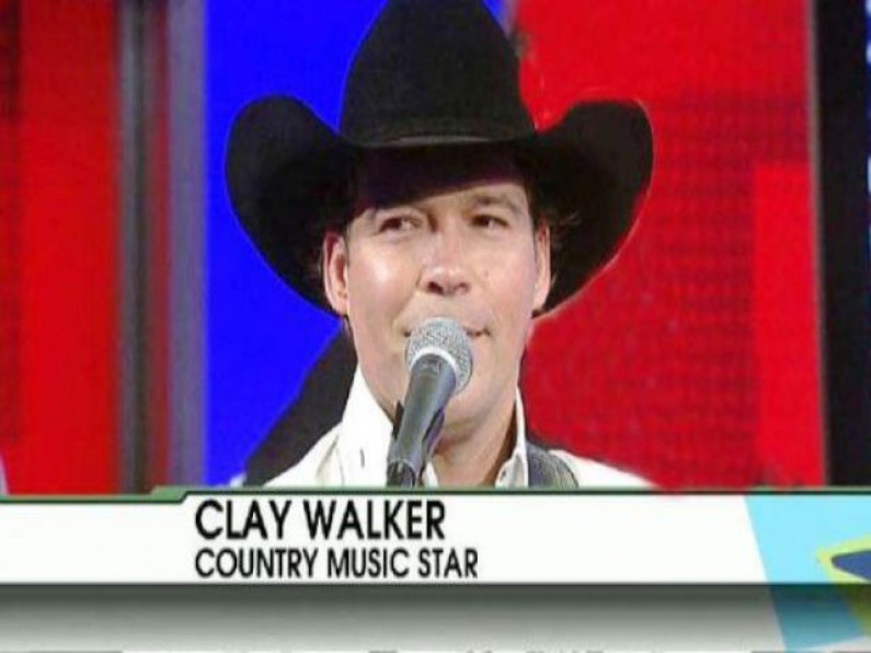 Clay Walker – She Won't Be Lonely Long