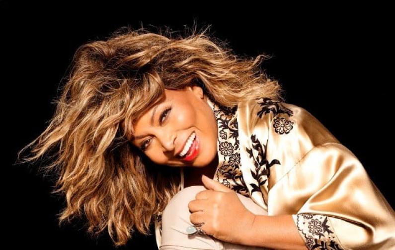 Ike & Tina Turner – Honky Tonk Woman