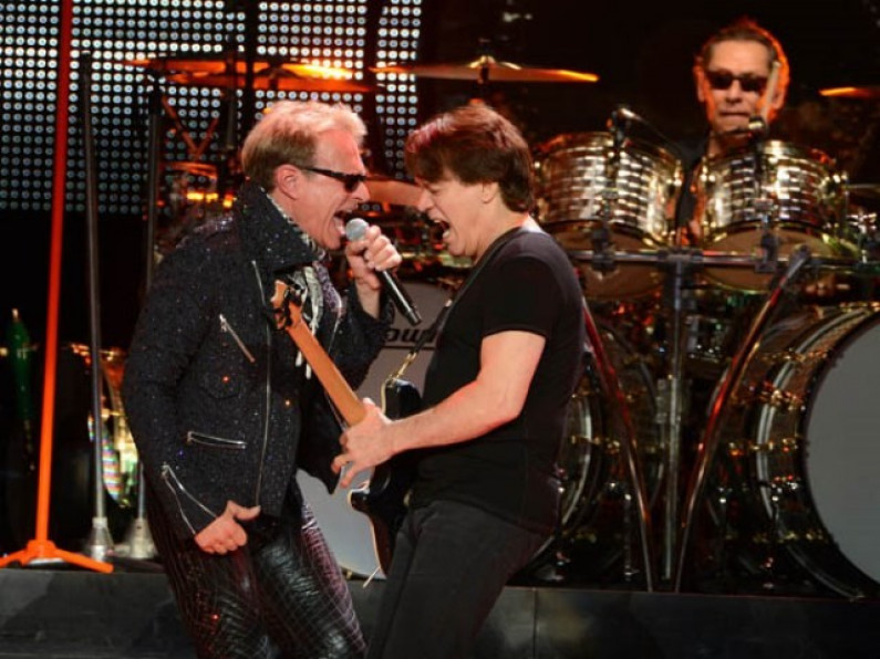 Van Halen – Can't Stop Loving You