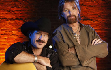 Brooks & Dunn – Play Something Country
