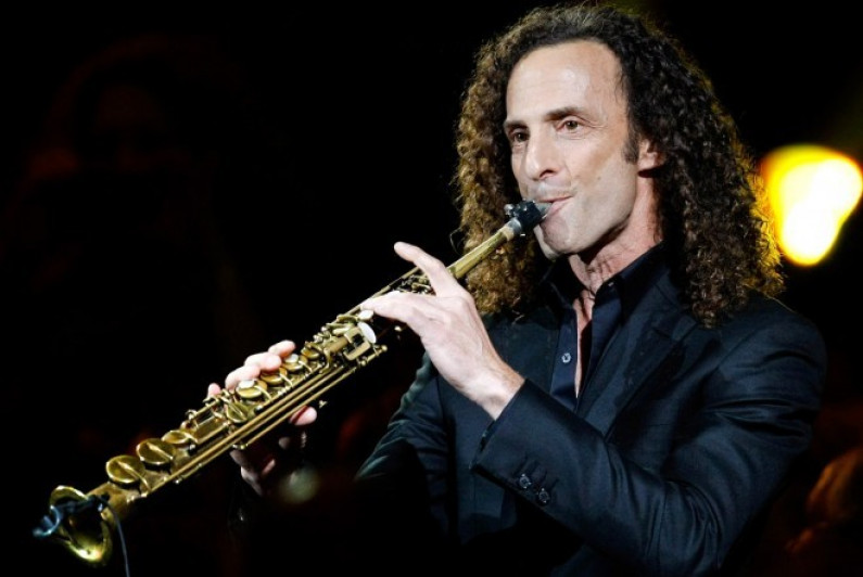 Kenny G ft Daryl Hall – Baby Come To Me