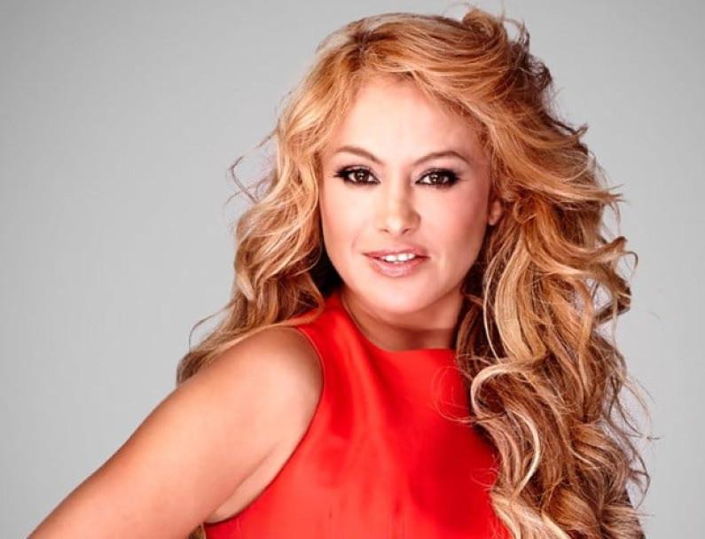 Paulina Rubio – Ni Rosas, Ni Juguetes