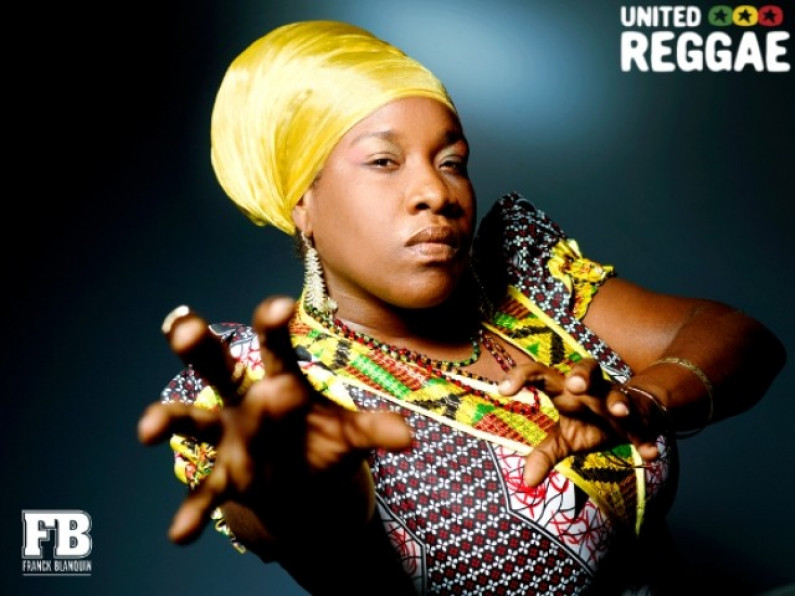 Queen Omega – Rocking And Popping