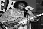 Blues Queen Sylvia  –  Can't Get Along