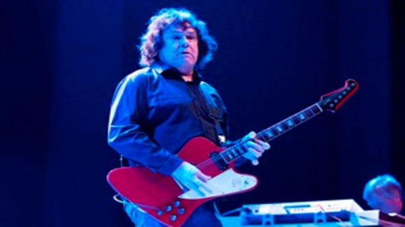 Gary Moore – Strangers In The Darkness