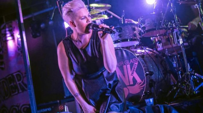Pink – Get The Party Started
