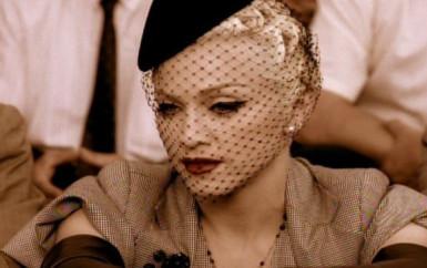 Madonna – Take A Bow