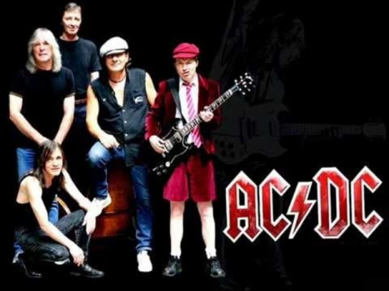 AC/DC – Shoot To Thrill