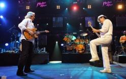 Carlos Santana & John McLaughlin – Downstairs
